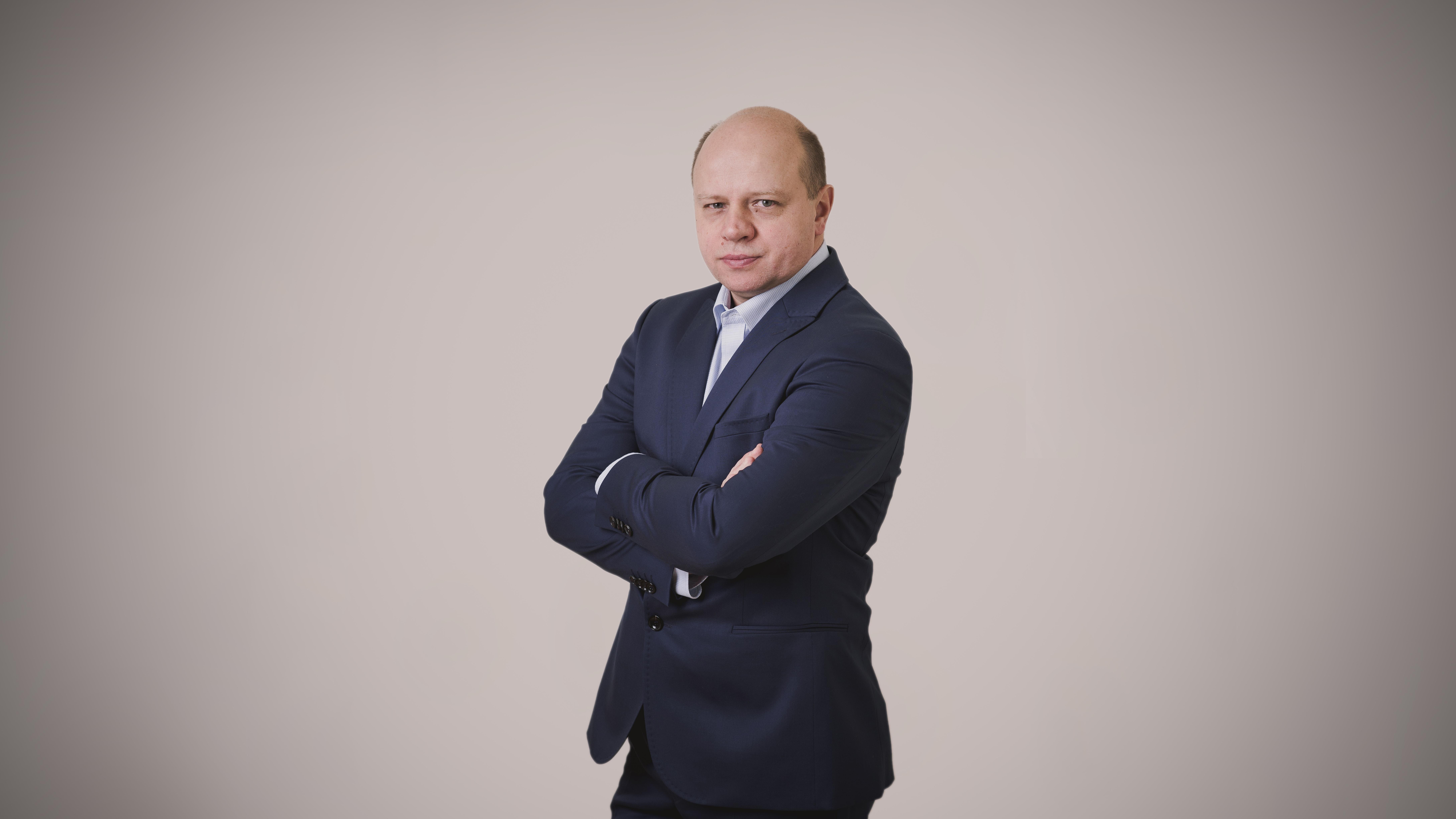dr n. med. Dariusz Basek